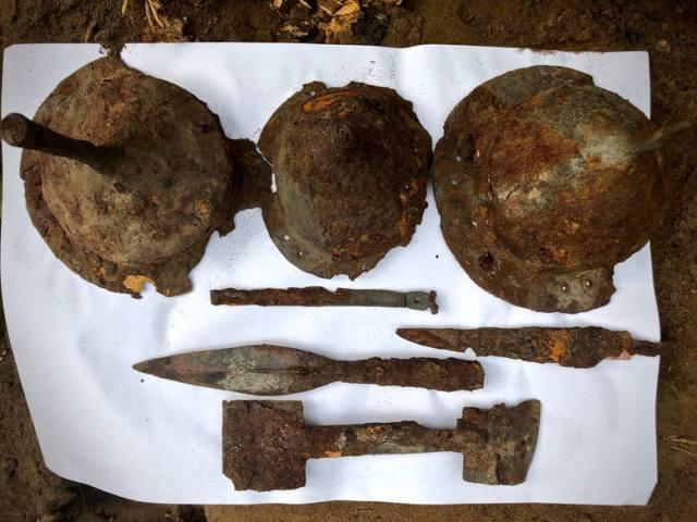 To tylko część przedmiotów znalezionych na cmentarzysku