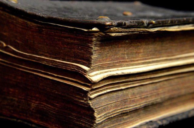 Stara księga