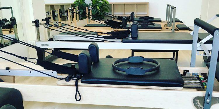 Pilates reformer classes
