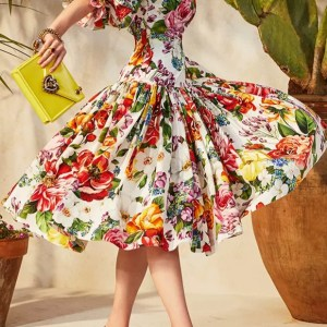 Italian Fabric 2020/Dolce Gabbana Fashion Week Cotton Poplin Flowers Print Beautiful Fabric