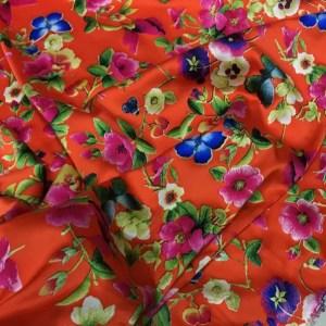 Oscar De La Renta Silk Fabric/Embroidery Effect Flowers digital inkjet print Silk Fabric/New Collection