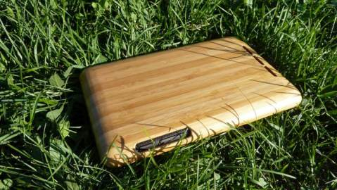 10Terra Gives Your iPhone, iPad, or Nexus 7 Wood