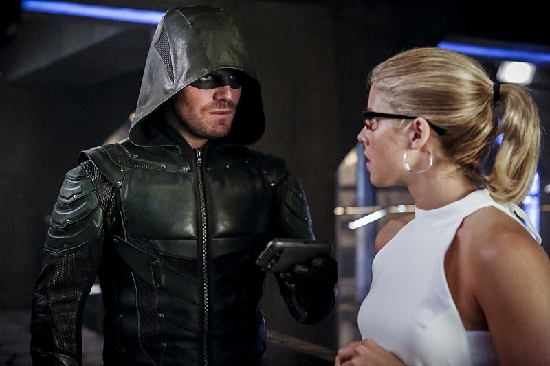 Arrow S05E02 Olicity