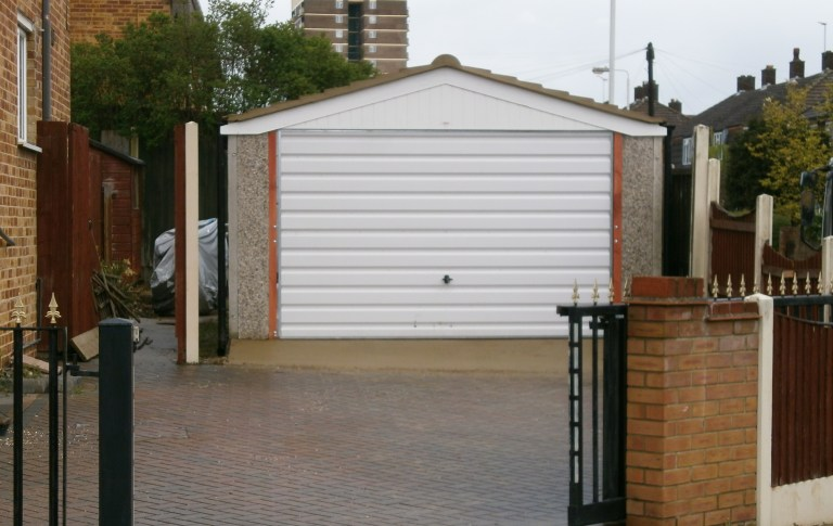 ARUNDEL DOUBLE PICTURE 1 768x485 - Double Garages