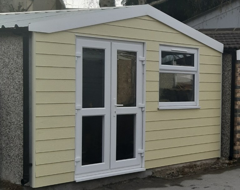 Woodland Cream hardie plank cladding - Cladding and Finishes