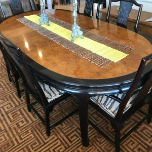 HIGH-END DINING TABLE/6 CHAIRS