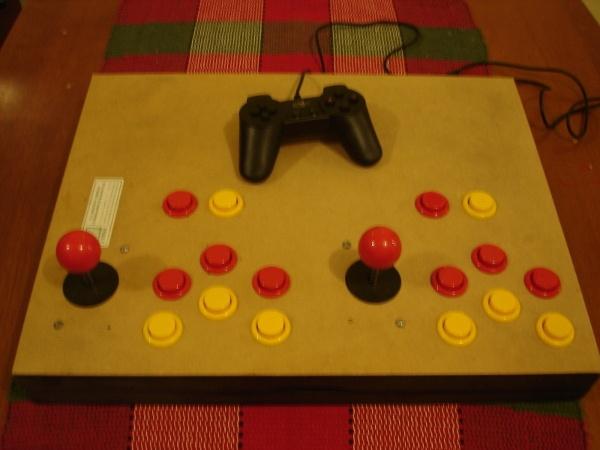 Na segunda tentativa os botões se encaixaram direito.