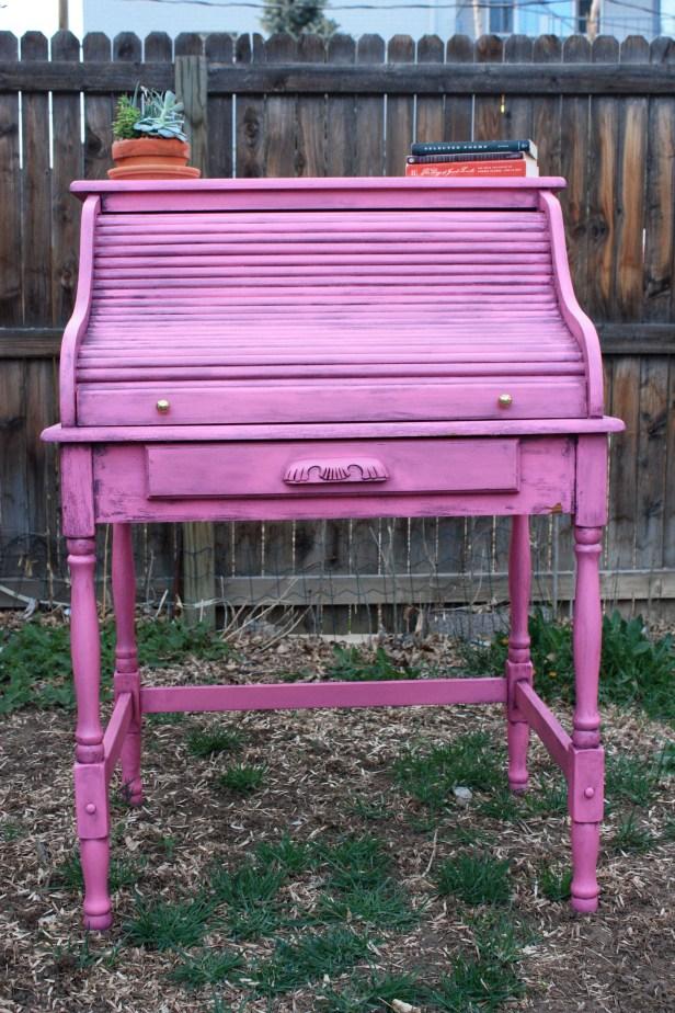 The Vanderpump is so pretty in pink!