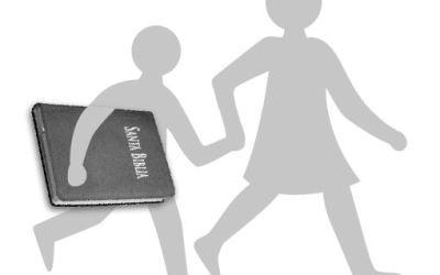Evangelizar educando: pastoral juvenil educativa – Juan Carlos de la riva