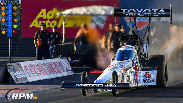 Antron gets first win of the season, Ron Capps off weekend with Funny Car win