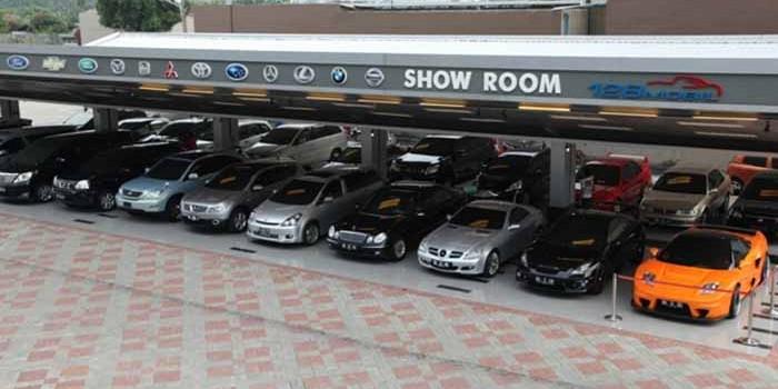 Tips Membeli Mobil Bekas di Showroom 1