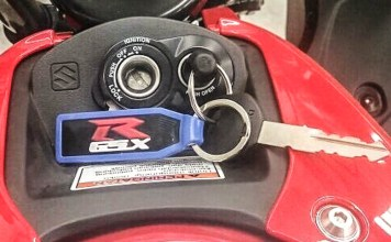 Suzuki GSX Tanpa Keyless
