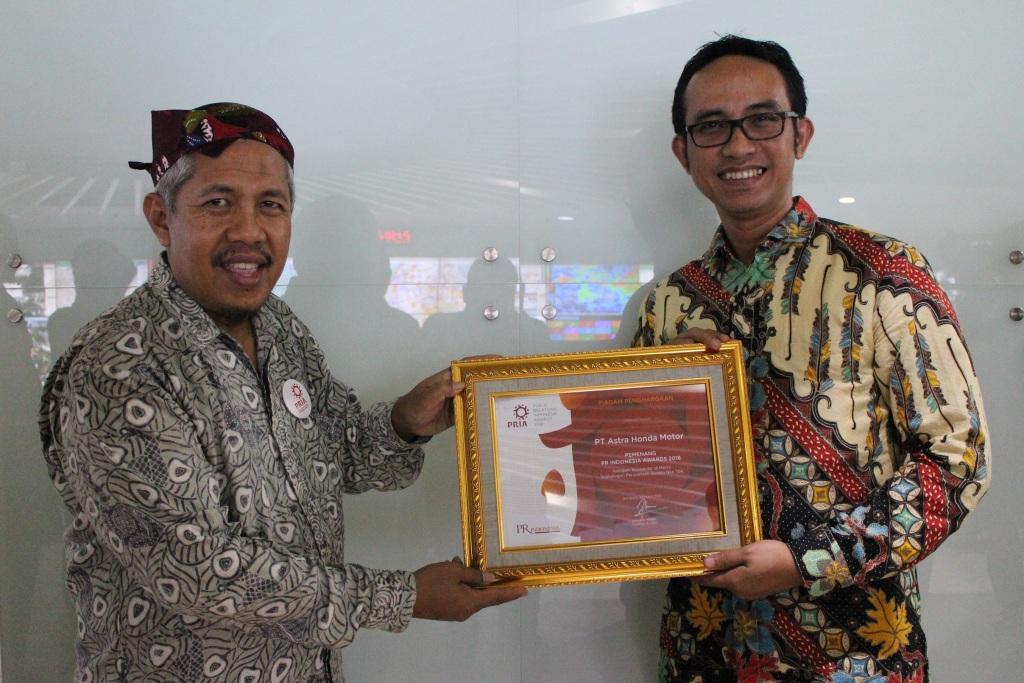 AHM Raih Penghargaan PR Indonesia Award 2018