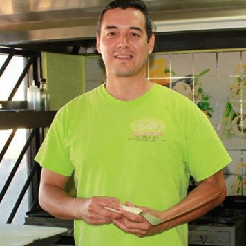 [Alfonso Environmental Portrait] Alfonso Velazquez, owner and chef at The Healthy Kitchen in Puerto Peñasco.