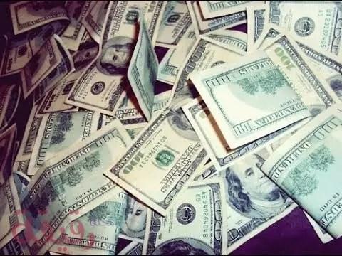 تفسير حلم المال في المنام ومن أخذ أو أعطى مال وتأويل العملة