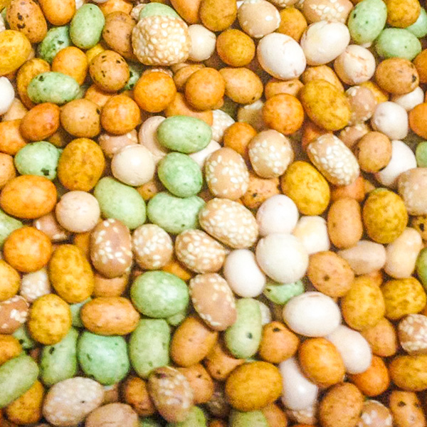 Assorted – Mixed Peanuts Coated Crackers