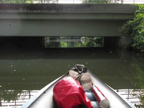 Die niedrige Brücke -- hier war ich für den niedrigen Wasserstand dankbar