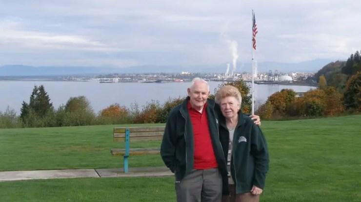 Robert Chapman and Dorothy Chapman visiting Everett, Washington, before moving to Washington State