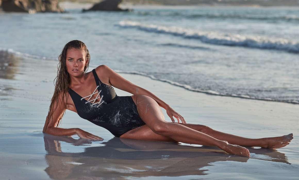 seance photo plage avec océane à Tréompan