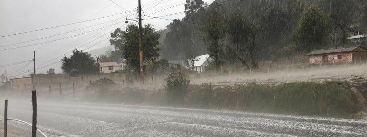 frente frio provoca lluvias en el occidente