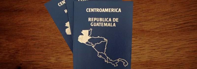 Extienden vigencia para pasaportes por medio de un sticker