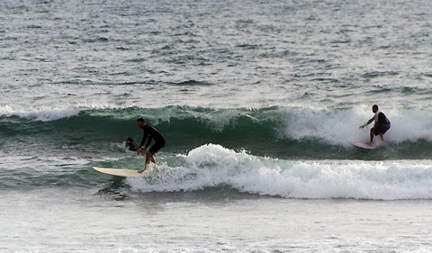 Weak and junky conditions at Crescent Head this am