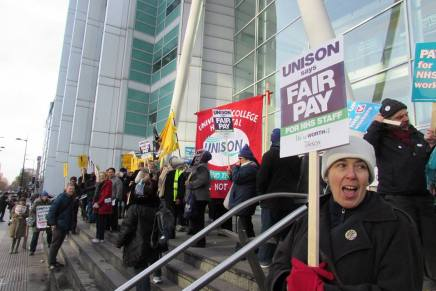 Reject the deal – restart the strikes