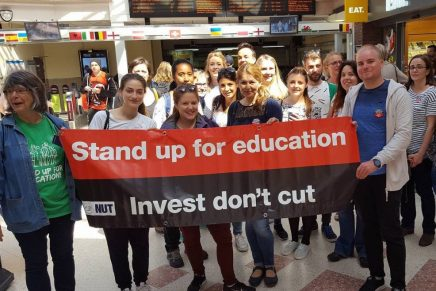 Teachers invest in action: NUT strike reports 4/7/16