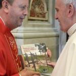 Papa Francisco e dom Roque Paloschi