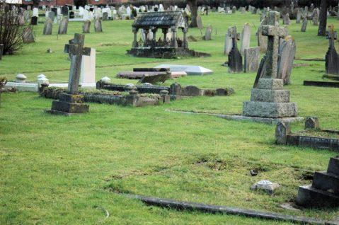 Binstead Cemetery