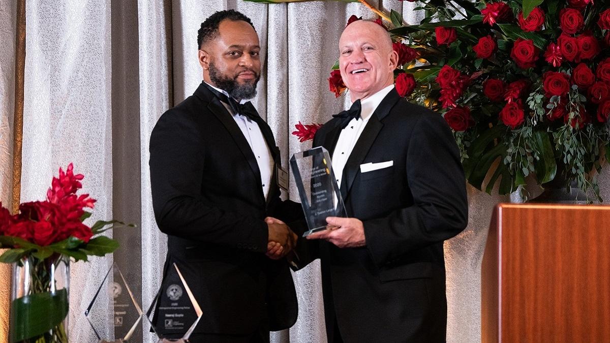 Alabama Power employee honored as Outstanding Alumni Volunteer by the University of Alabama College of Engineering