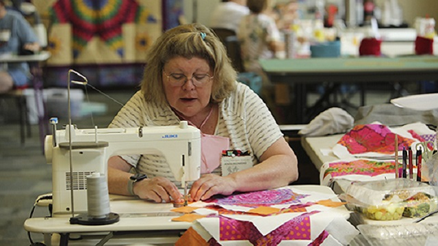 Alabama quilters escape to Lay Lake for 'Building Better Quilts 2021'