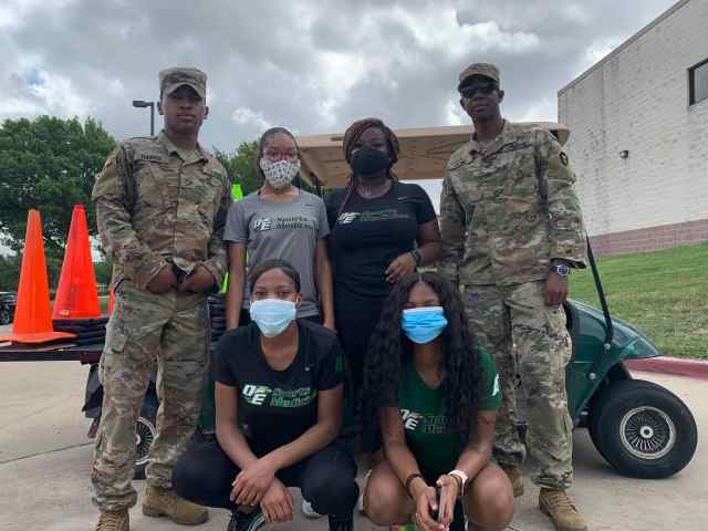 DeSoto students and National Guardsmen