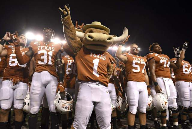 Big 12's Texas, Oklahoma make formal request to join SEC