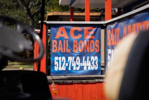 New Texas law requires cash bail for those accused of violent crimes