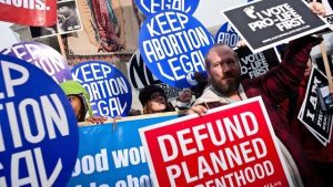 U.S. House votes to protect abortion rights amid new Texas law