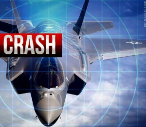 Military aircraft crashes in Lake Worth, Texas
