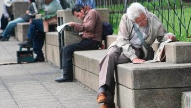 Photo of Adultos mayores buscan una oportunidad en la Feria Nacional del Empleo