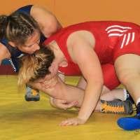 RSV Rotation Greiz: Erstmals Frauenringen in der Greizer Zweifeldersporthalle