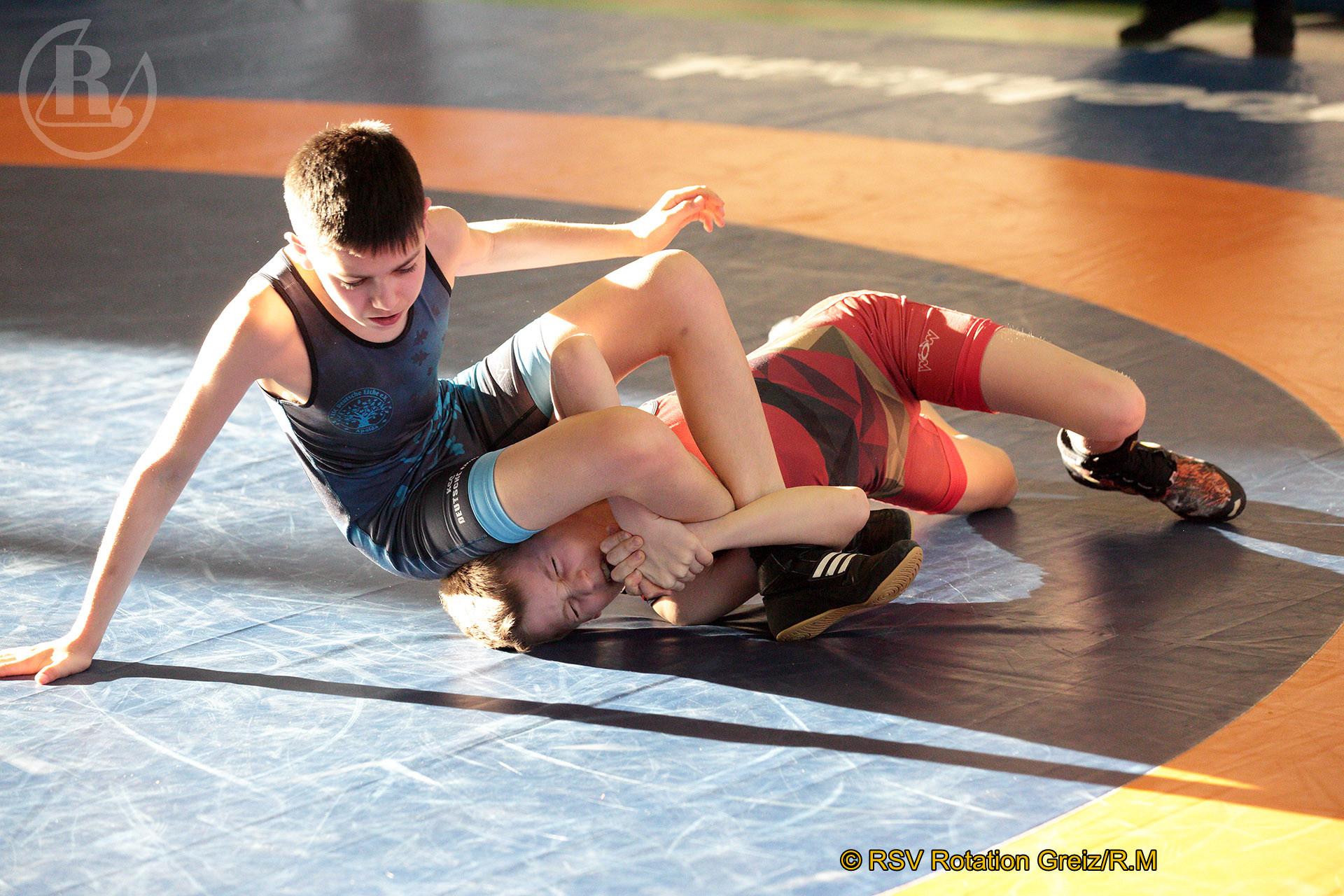 Thüringer Titelkämpfe der Ringer im Freistil in Apolda