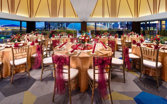 parkroyal collection marina bay wedding in Singapore