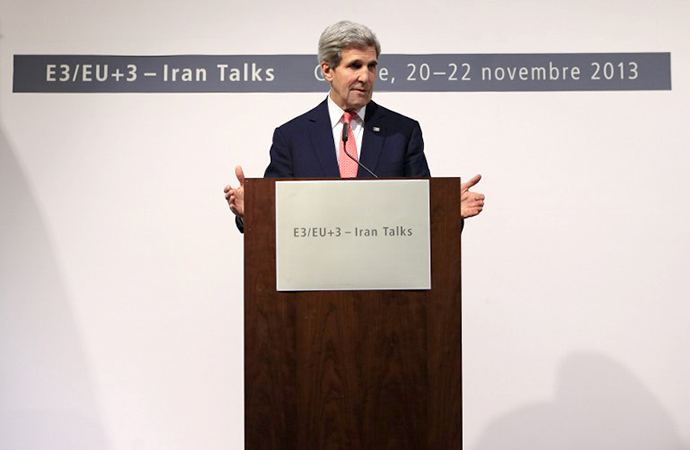 US Secretary of State John Kerry delivers a speech during a press conference at the CICG (Centre International de Conferences Geneve) after talks over Iran's nuclear programme in Geneva on November 24, 2013. (AFP Photo / Alexander Klein)
