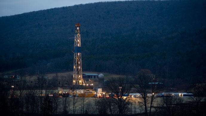 A natural gas well is drilled near Canton, in Bradford County, Pennsylvania (Reuters / Les Stone)
