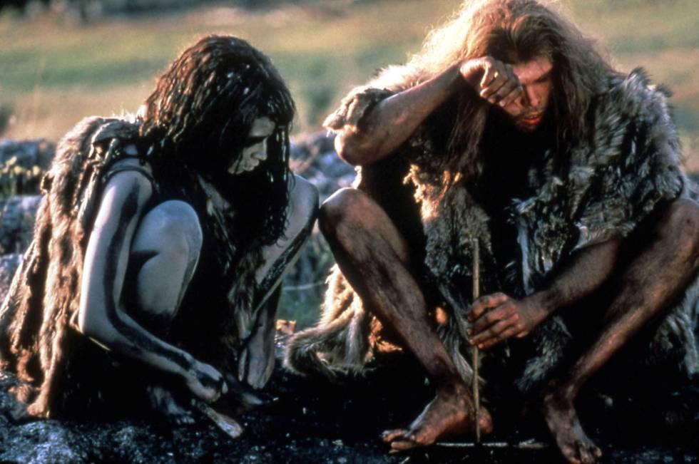 Fotograma de la película En busca del fuego (1981), de Jean-Jacques Annaud
