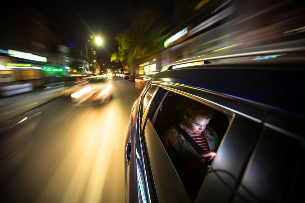 Uber, la empresa inspirada en James Bond que copió su modelo de negocio
