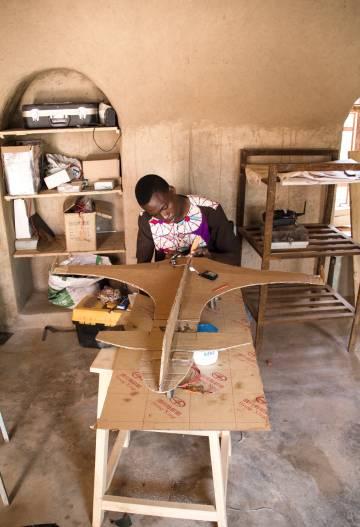 Artesanos de la tecnología: el movimiento 'maker' llega a Burkina