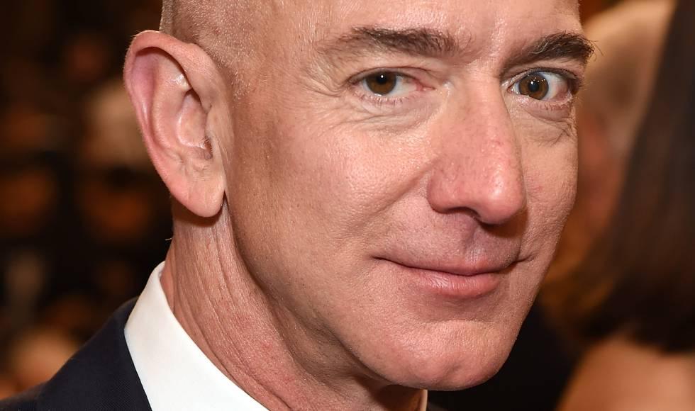 Jeff Bezos en una fiesta de los Globos de Oro el 6 de enero de 2019