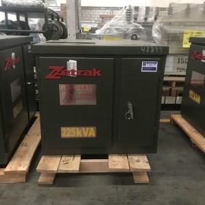 Transformador Zetrak 225 KVA Trifasico 13200v 220/127