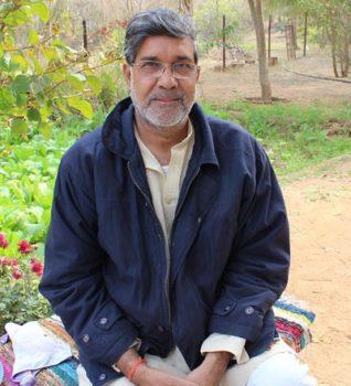 RTIwala Explains Nobel Peace Prize Winner Kailash Satyarthi
