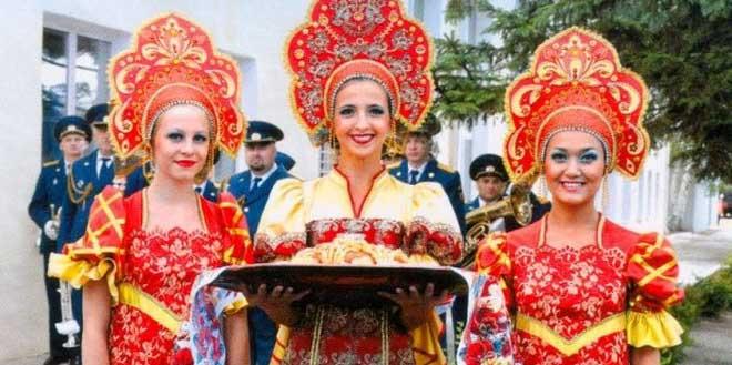 Регионы РФ попросят назвать 10 причин для поездки к ним интуристов